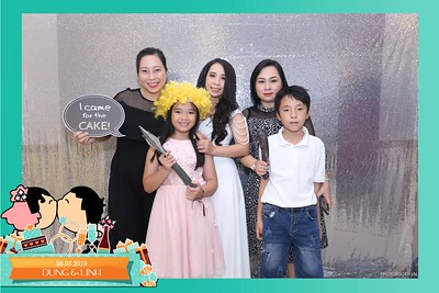 Dung-Linh-wedding-instant-print-photo-booth-Bien-Hoa-Dong-Nai-Chup-hinh-in-anh-lay-lien-Tiec-cuoi-WefieBox-Photobooth-Vietnam-001