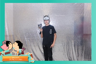 Dung-Linh-wedding-instant-print-photo-booth-Bien-Hoa-Dong-Nai-Chup-hinh-in-anh-lay-lien-Tiec-cuoi-WefieBox-Photobooth-Vietnam-031