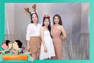 Dung-Linh-wedding-instant-print-photo-booth-Bien-Hoa-Dong-Nai-Chup-hinh-in-anh-lay-lien-Tiec-cuoi-WefieBox-Photobooth-Vietnam-043