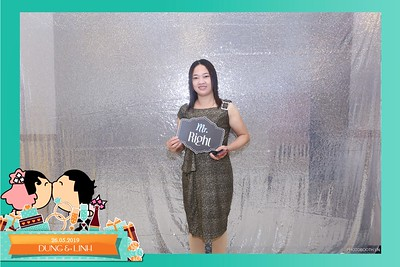 Dung-Linh-wedding-instant-print-photo-booth-Bien-Hoa-Dong-Nai-Chup-hinh-in-anh-lay-lien-Tiec-cuoi-WefieBox-Photobooth-Vietnam-026