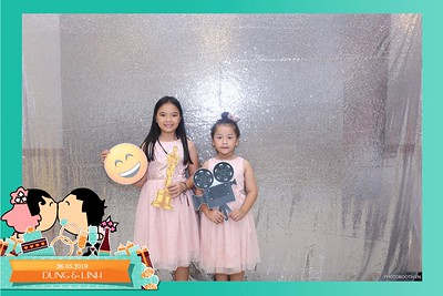 Dung-Linh-wedding-instant-print-photo-booth-Bien-Hoa-Dong-Nai-Chup-hinh-in-anh-lay-lien-Tiec-cuoi-WefieBox-Photobooth-Vietnam-021