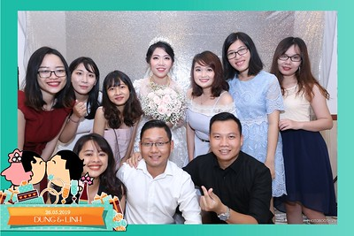 Dung-Linh-wedding-instant-print-photo-booth-Bien-Hoa-Dong-Nai-Chup-hinh-in-anh-lay-lien-Tiec-cuoi-WefieBox-Photobooth-Vietnam-020