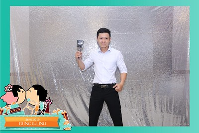Dung-Linh-wedding-instant-print-photo-booth-Bien-Hoa-Dong-Nai-Chup-hinh-in-anh-lay-lien-Tiec-cuoi-WefieBox-Photobooth-Vietnam-036