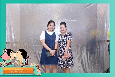 Dung-Linh-wedding-instant-print-photo-booth-Bien-Hoa-Dong-Nai-Chup-hinh-in-anh-lay-lien-Tiec-cuoi-WefieBox-Photobooth-Vietnam-044