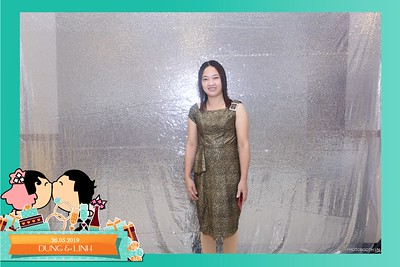 Dung-Linh-wedding-instant-print-photo-booth-Bien-Hoa-Dong-Nai-Chup-hinh-in-anh-lay-lien-Tiec-cuoi-WefieBox-Photobooth-Vietnam-025