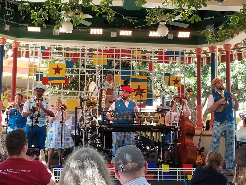 MUST-WATCH: The PIXARMONIC ORCHESTRA bring surprisingly awesome quirky whimsical sound to #PixarFest