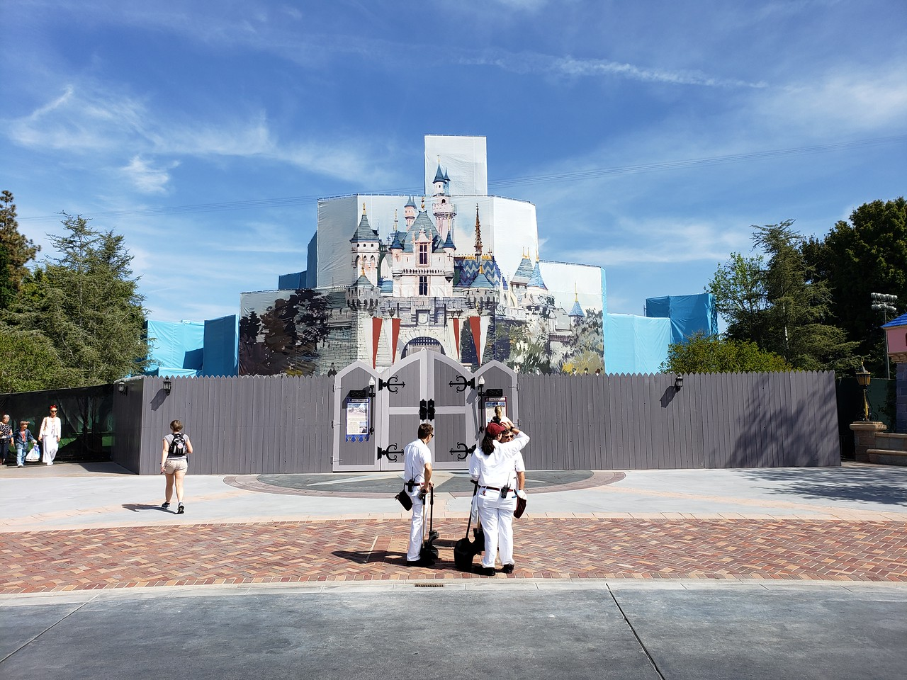 PICTORIAL: Big changes as Project Stardust shakes up every inch of Disneyland; Star Wars expansion, Pixar Parking, and more