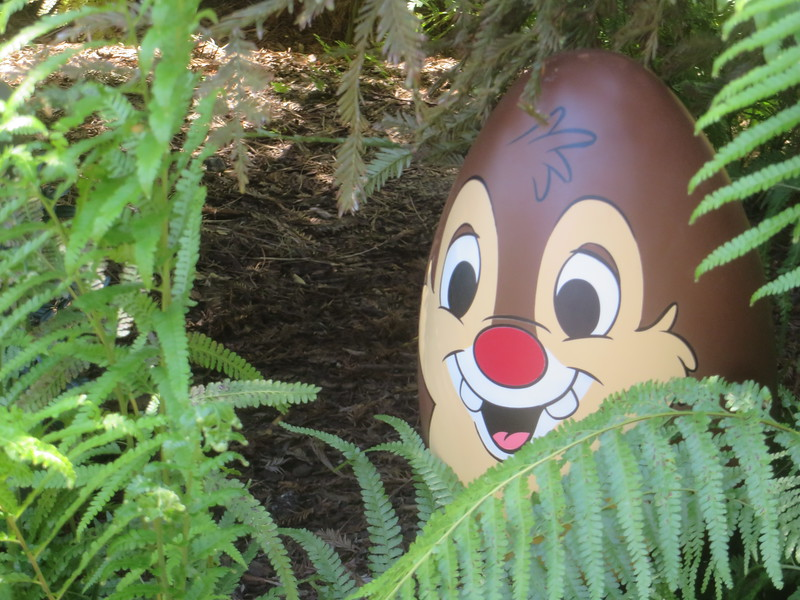 PICTORIAL: Disney has hidden eggs all around Disneyland and you get prizes for finding them all!