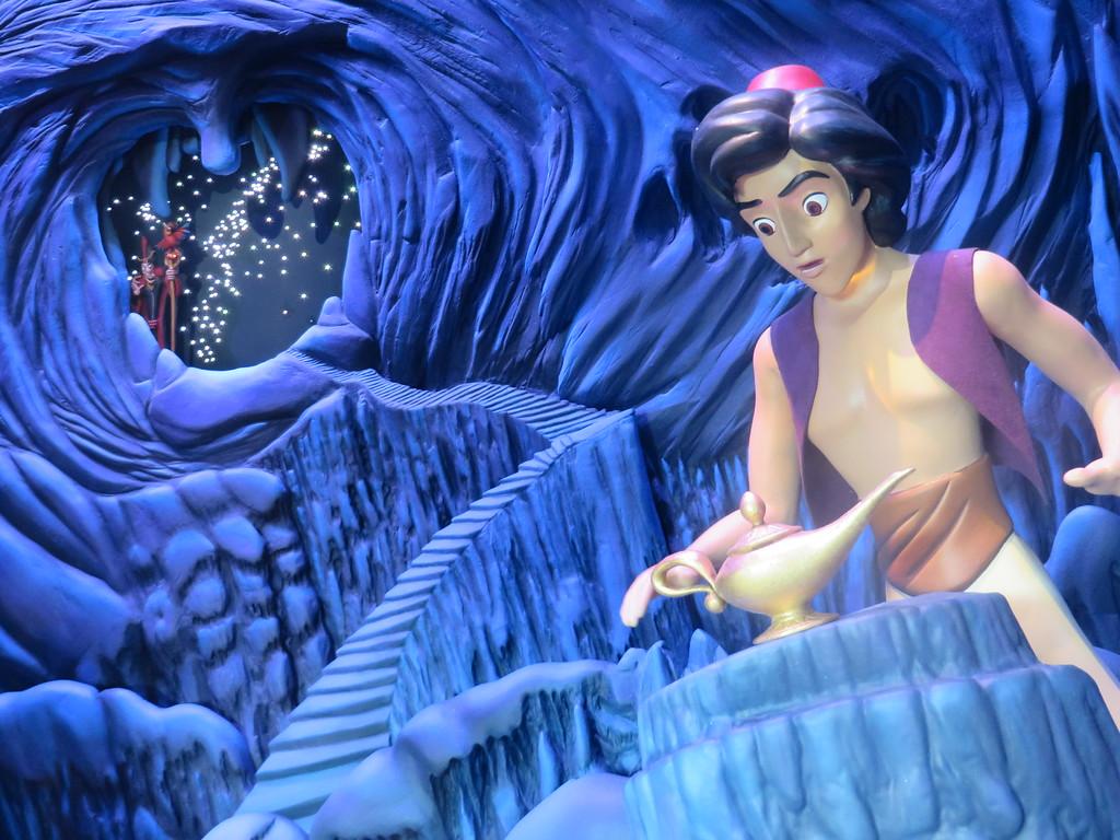 New Aladdin Enchanted Window debuts at Disneyland Main Street