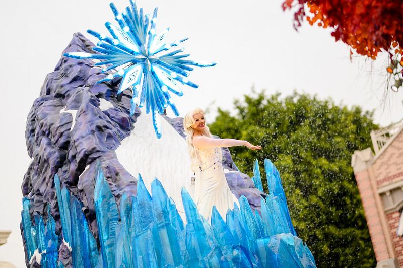 Magic Happens Parade, Disneyland