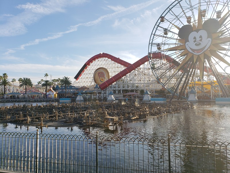 PICTORIAL: Construction projects abound as Disneyland celebrates #Mickey90, #DisneyHolidays