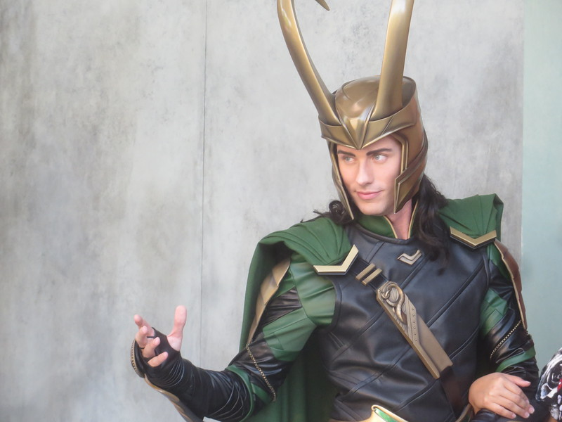 PHOTOS: Loki makes first character appearances at DCA in celebration of THOR: RAGNAROK