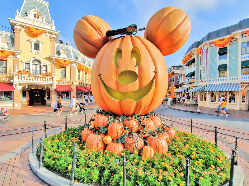PICTORIAL: Halloween Time 2019 at Disneyland Resort brings familiar seasonal sights, sounds, and tastes!