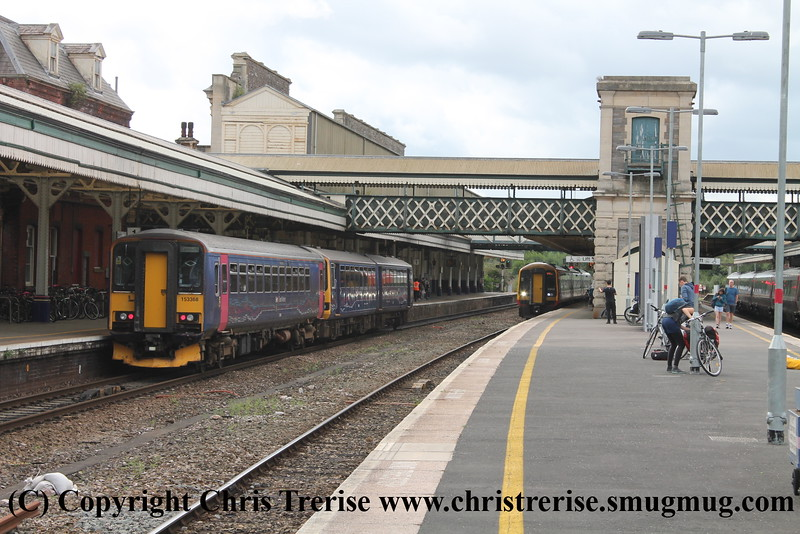 DMUs at Exeter St Davids