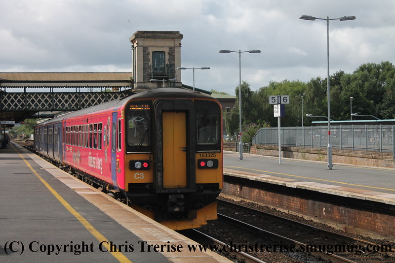 Class 150 and Class 153 at Exeter St Davids
