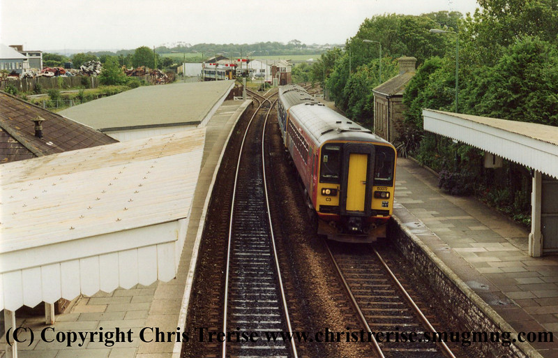 Class 153 at St Erth