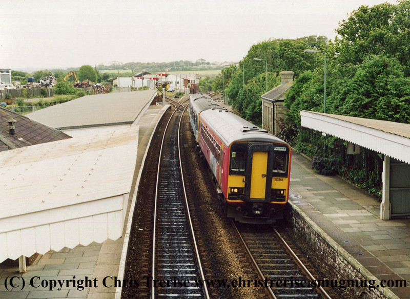 Class 153s at St Erth