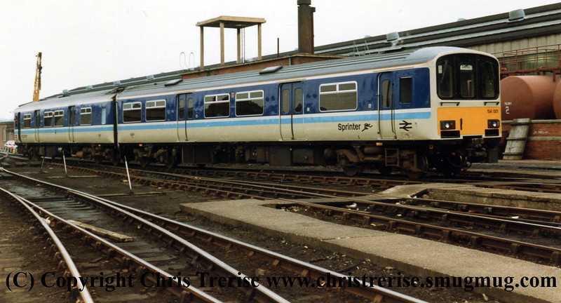 Class 154 DMU at Derby