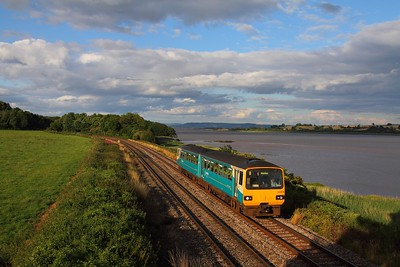 143614 on the 2L69 Cheltenham Spa to Maesteg at Purton on the 28th July 2015