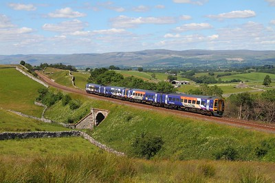158784+158787 on the 2H93 Carlisle to Leeds at Birkett Common on the 9th July 2014