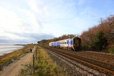 158784 on the 1R09 1247 York to Hull at Hessle on the 18th November 2017