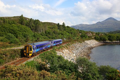 158722 on the 2H86 1713 Kyle of Lochalsh to Elgin at Badicual on the 9th June 2018