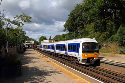 165019 on the 2C27 1248 Aylesbury to London Marylebone at Chorleywood on the 9th September 2017