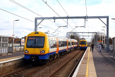 172007 on the 2J43 1136 Gospel Oak to Barking passes 378206 on the 2J42 1148 Barking to Gospel Oak at Leyton Midland Road on the 4th March 2019 2