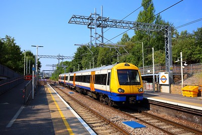 172001 on the 2J33 1020 Gospel Oak to Barking at Upper Holloway on the 27th July 2018