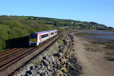 175109 working 1V44 1331 Manchester Piccadilly to Carmarthen at Ferryside on 6 May 2021  Class175, WestWalesline, TFW