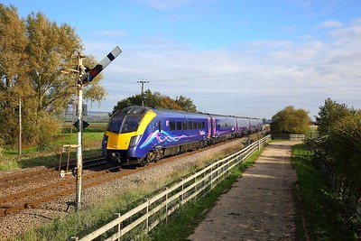 180110 on the 1A94 1331 Hull to Kings Cross at Crabley Creek on the 20th October 2018