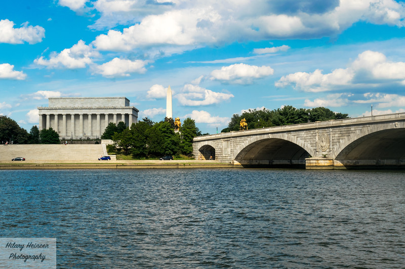 Monumental DC