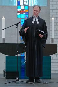Friedbert, der Pastor der evangelischen Gemeinde in Oslo, besuchte wie in jedem Jahr seine Schäfchen in Stavanger.