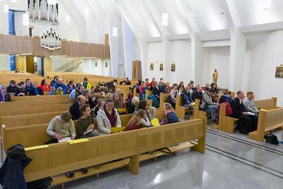 Die Kirche war zwar nicht voll, wie Friedbert es sich gewünscht hat, aber über 70 Teilnehmer ist wirklich gut!