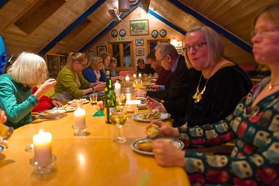 Es gab unter anderem auch Soljanja, Bockwurstsalat, Zwiebelkuchen und original Dresdener Eierschecke.