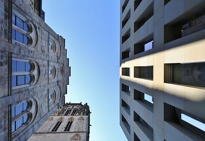 12 Bibliotheksgasse. Links: ehemaliges Priesterseminar und Turm Überwasserkirche, rechts Diözesanbibliothek