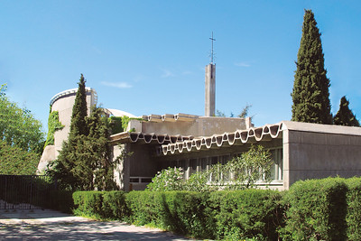 11 Parish Church of Santa Ana y la Esperanza, Miguel Fisac Serna, 1965 – 1966