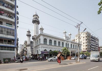 Mogul Shia Mosque © Manuel Oka