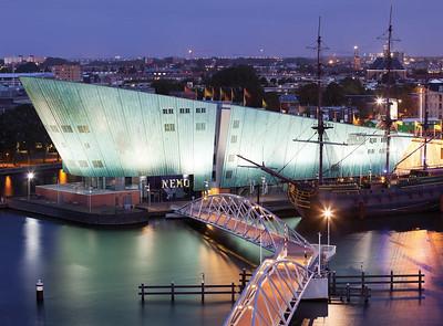 04 Alter Hafen und Nemo, Amsterdam