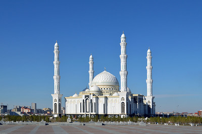 """Astana: Moschee """"Chasret Sultan"""""""