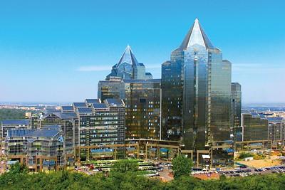 """Almaty: Bürokomplex """"Nurly Tau"""" (2006-2015)"""