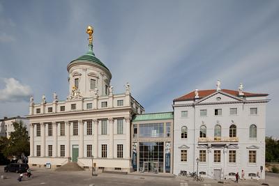 Altes Rathaus und Knobelsdorffhaus / ehem. Kulturhaus Hans Marchwitza (Potsdam Forum).Foto © Christoph Gößmann