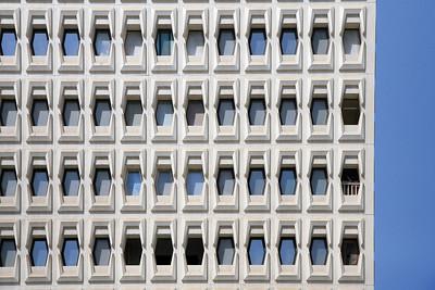 Ineinandergreifende Betonelemente im Al Ibrahimi Wohnturm, Abu DhabiInterlocking concrete elements of the Al Ibrahimi residential tower, Abu Dhabi(c) Hendrik Bohle