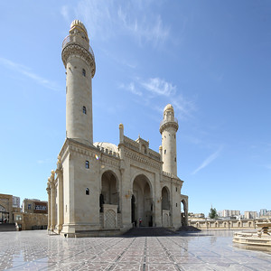 05 Die Tezepir-Moschee verdankt ihre Entstehung einer Frau, der Mäzenin Nabat Khanum Ashurbeyova.