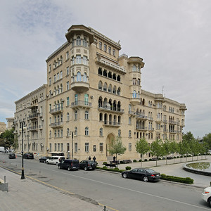 06 Wohnhaus der Wissenschaftler.  Neftçilər prospekti 67.  Sadig Dadashov, Mikayil Huseynov -  1946