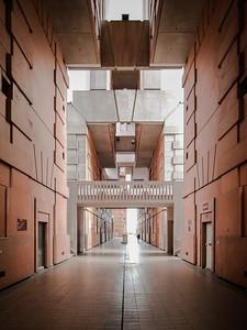 09 Wohnsiedlung Les Espaces d'Abraxas.  Place des Fédérés, Noisy-le-Grand. Ricardo Bofill - 1983