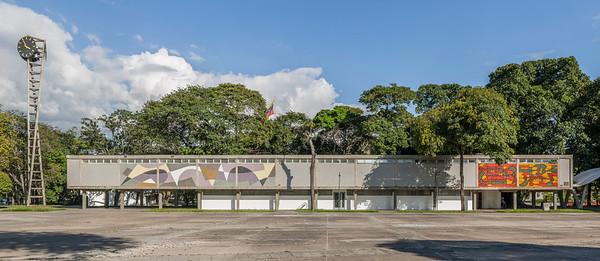 03 PLAZA DE RECTORADO; CIUDAD UNIVERSITARIA DE CARACAS.  Carlos Raúl Villanueva 1953–1954