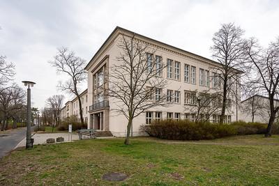 12 Schule I (heute: Grundschule Astrid-Lindgren), Heino Seebauer - 1952
