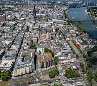 01 Blick von Süden auf die Altstadt (2020)