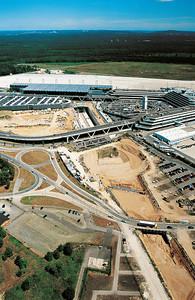 11 Baustelle des ICE-Bahnhofs Flughafen Köln⁄Bonn (2003)